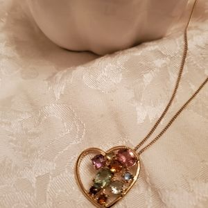 New Avon Vintage Heart Necklace